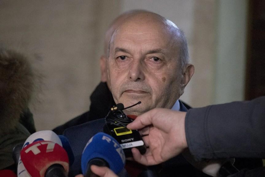 Иса Мустафа поднео оставку на место председника ДСК