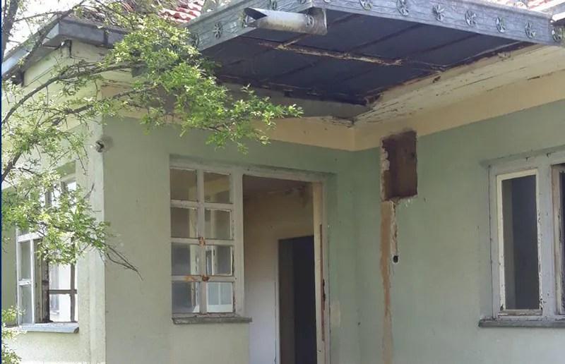 Cernica na udaru palikuća, zapaljena kuća porodice Cvetković