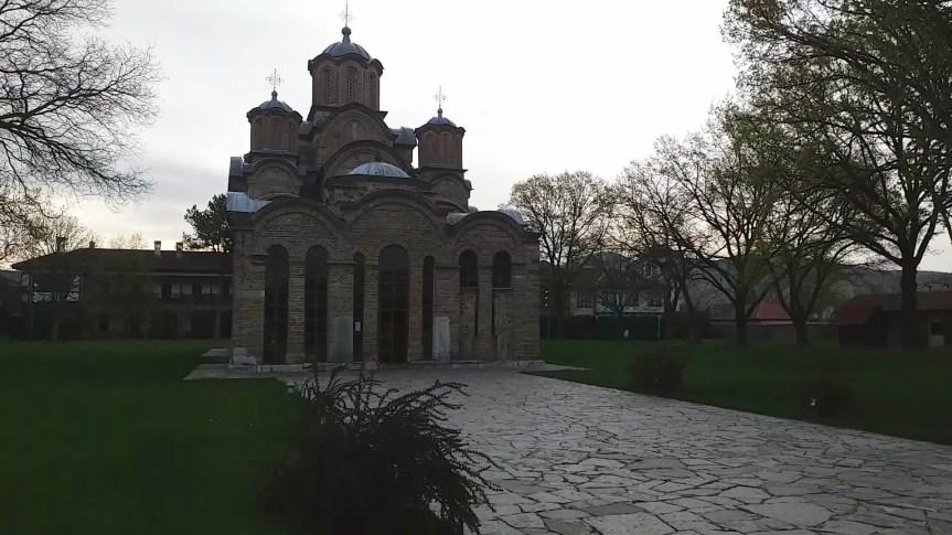 Vaskrs na Kosovu i Metohiji, hramovi bez vernika