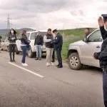 Узнемиравање новинара и адвоката и фотографисање њихових аутомобила