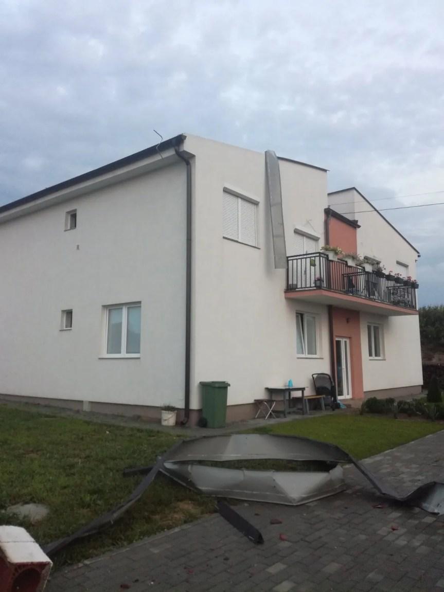 Олуја оштетила кров једне стамбене зграде у Доњој Гуштерици