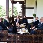 Српски министри разговарали са владиком Теодосијем