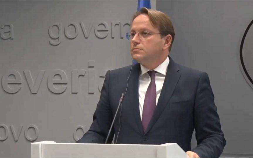 """Оливер Вархељи: """"ЕУ захтева од Косова наставак дијалога са Србијом"""""""