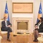 Вјоса Османи и Авдулах Хоти разговарали о ситуацији на Косову