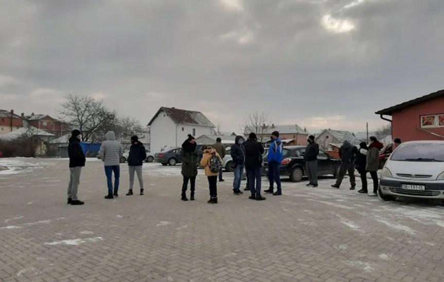 Протест мештана Грачанице због проблема са електричном енергијом