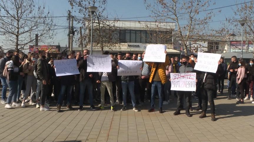 Брат за брата, а не брат против брата, порука протеста средњошколаца у Грачаници
