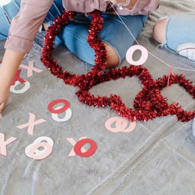 4 Valentine's Day Traditions to Start in 2017