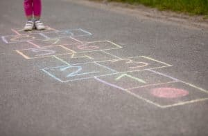 act of kindness sidewalk chalk