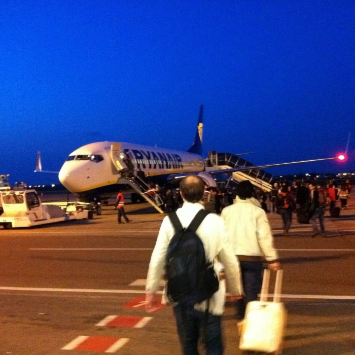 The reality of budget airlines and why I took the bus to Prague