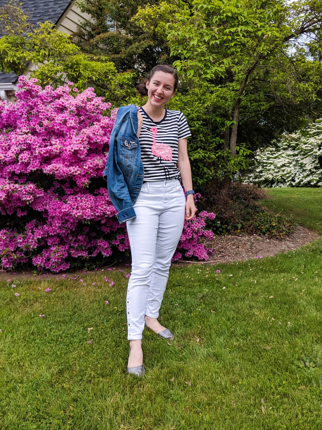 striped flamingo tee, white jeans, denim jacket