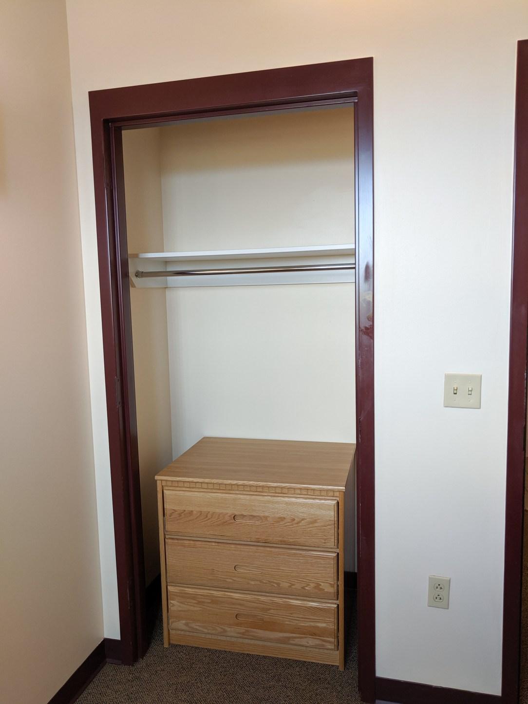 dorm room closet, closet organization