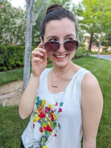 tips for cleaning out your closet, layered necklaces