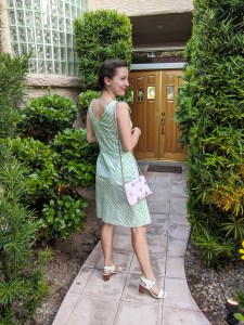 green-sundress-white-heels-summer-outfit-style-quotes