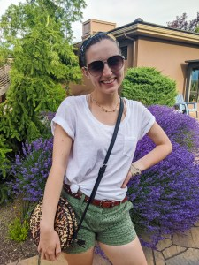 green-eyelet-shorts-white-tee-leopard-purse