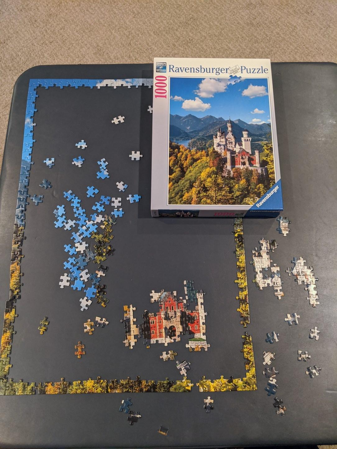 puzzle-jigsaw-ravensburger-puzzle-castle-quarantine
