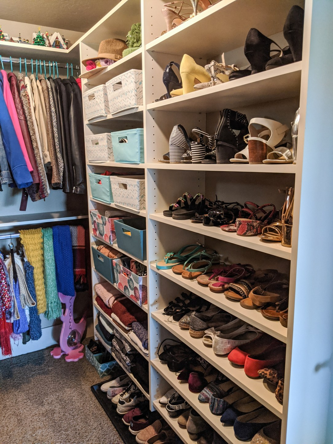 shoe-wall-shoe-collection-heels-closet