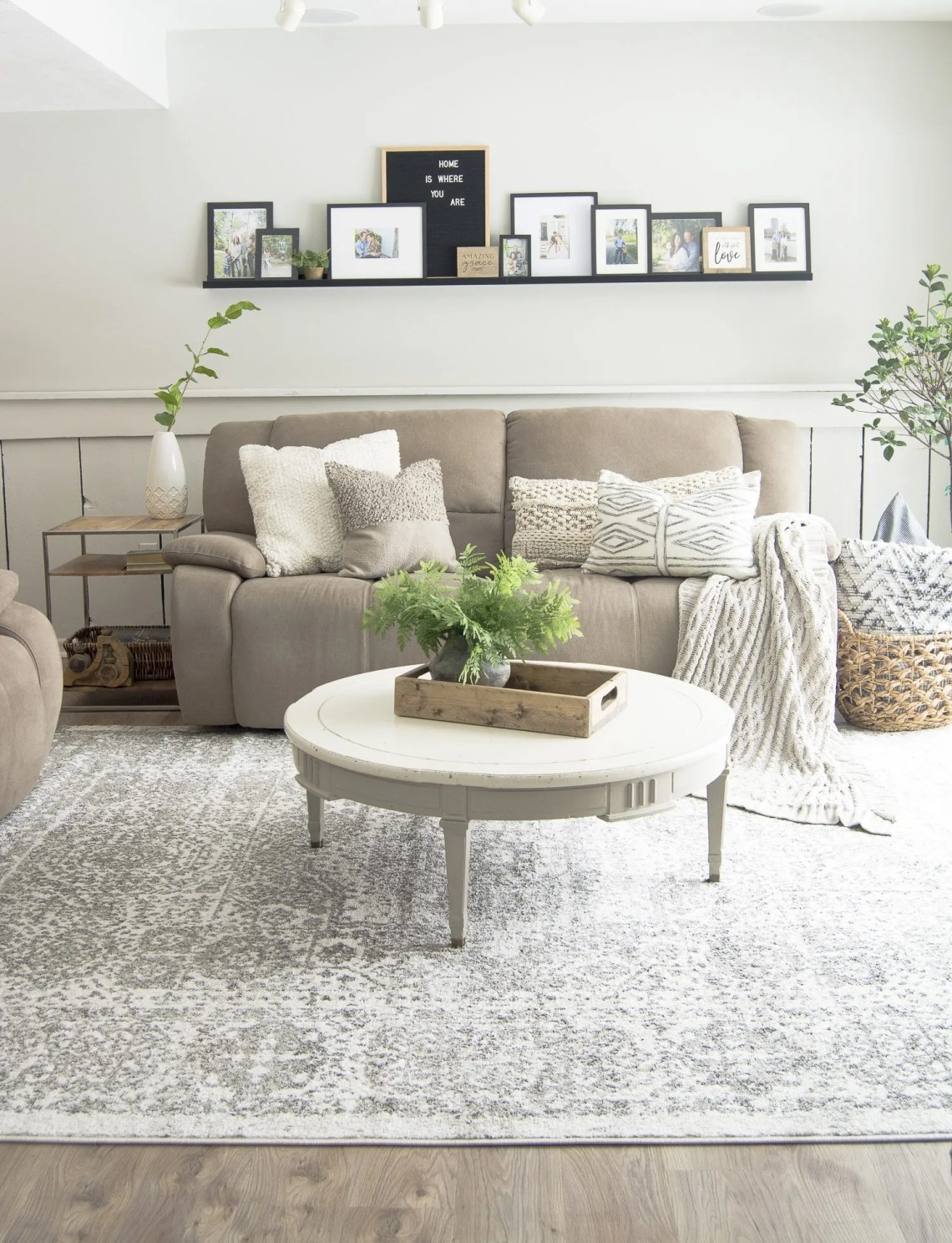 Modern Farmhouse Interior Design Style Guide | Grace In My ...