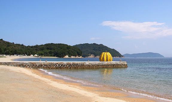 calabaza-Naoshima