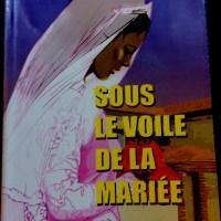 Sous le voile de la mariée