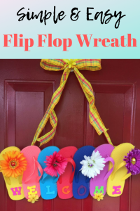How to Make an Easy Flip Flop Door Hanger for Summer!