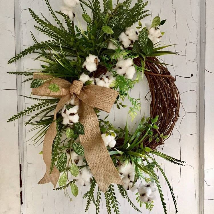 Farmhouse Style Decorating Ideas - Cotton Wreath