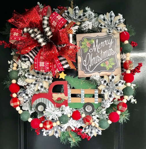 How to Make a Red Truck Wreath for Christmas