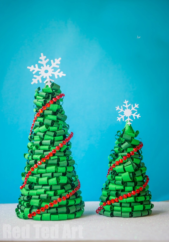The Best Christmas Crafts to Make at Home