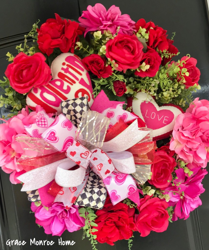 Awesome Valentine's Day Wreath Ideas