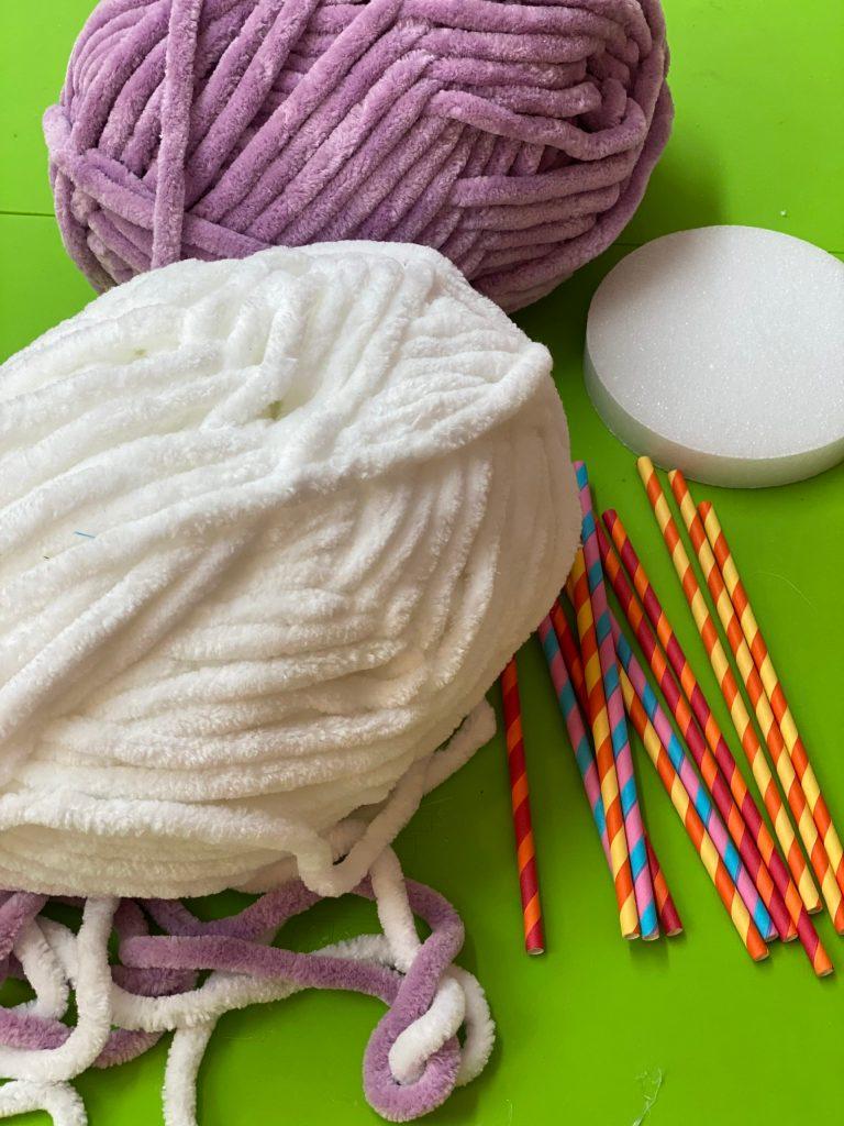 Easy DIY Giant Yarn Lollipops
