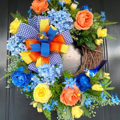 Beautiful Front Door Wreath for Spring & Summer