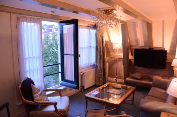 Ambassade Hotel Amsterdam Grachten und Giebel Holland Blog 03