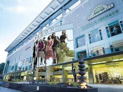 siam paragon shopping centre bangkok thailand 3
