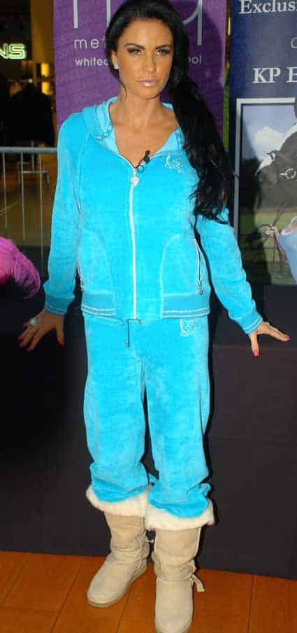 Airport fashion - Katie Price
