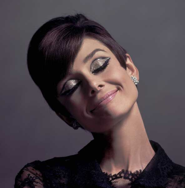 Audrey Hepburn – Chic, Style Icon With An Elegant Fashion Flare