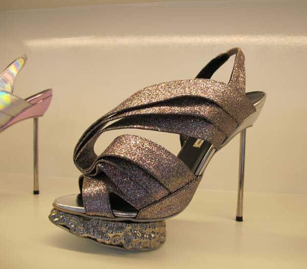 Nicholas Kirkwood – Why Do Women Endure High Heels?