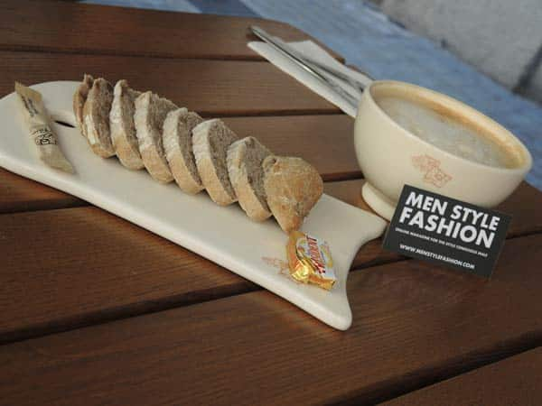 Lavazza coffee and bread