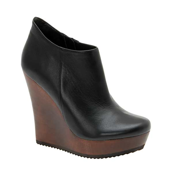 Booties wedges black