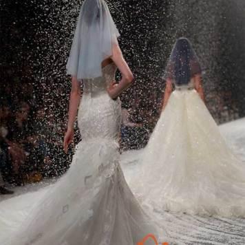 Ezra-Santos-Couture-Dubai-Fashion-Week-2014-12