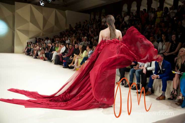 Fashion-Forward-Dubai-Couture-Jean-Louis-Sabaji-Feathers-Maria-Scard-Gracie-Opulanza-13
