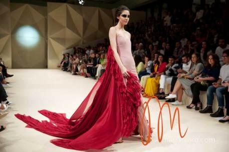 Fashion-Forward-Dubai-Couture-Jean-Louis-Sabaji-Feathers-Maria-Scard-Gracie-Opulanza-39