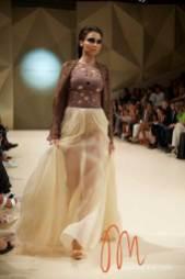 Fashion-Forward-Dubai-Couture-Jean-Louis-Sabaji-Feathers-Maria-Scard-Gracie-Opulanza-5