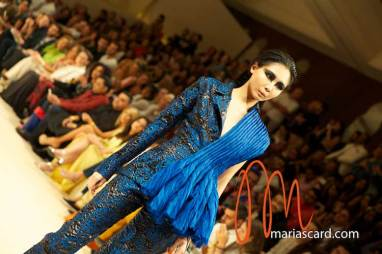 Fashion-Forward-Dubai-Couture-Jean-Louis-Sabaji-Feathers-Maria-Scard-Gracie-Opulanza-8