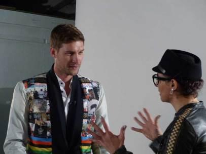 Gracie Opulanza with Greg Minnaar three times Downhillmountain bike world champion (5)