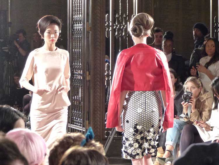 Hairstyles For Women London Fashion Week 2014 (14)