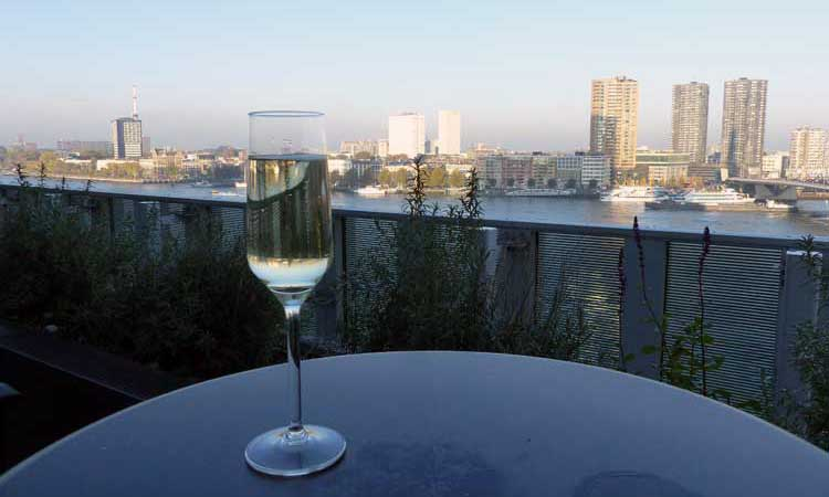 Cava, Britagne or Champagne Anyone? – Hotel Breakfast Trends
