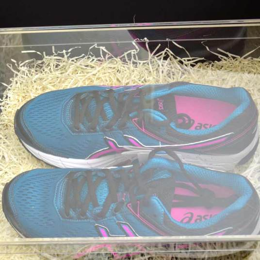 JD-sport-king-of-trainers-sneaker-box-8