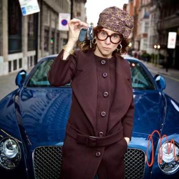 Gracie-Opulanza--Luxury-Week-London-MenStyleFashion-Maria-Scard-Bentley-Continental-GT-Speed-Convertible000065