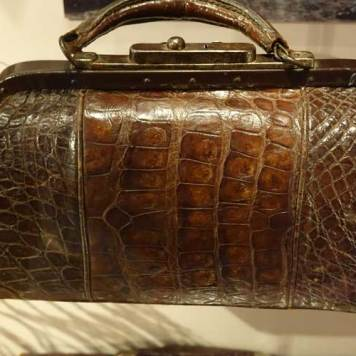 Museum of Bags and Purses in Amsterdam Gracie Opulanza (22)