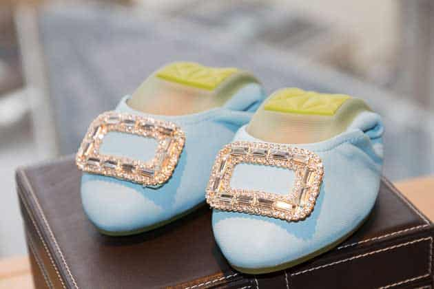 gracie-opulanza-jwest-foldable-pumps-singapore-shangri-le-hotel-at-the-shard-london-2