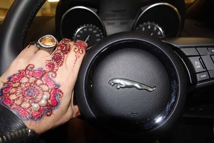 gracie-opulanza-jaguar-henna-tattoo-1
